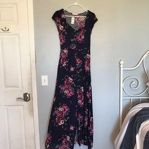 NWT Gorgeous navy floral maxi dress